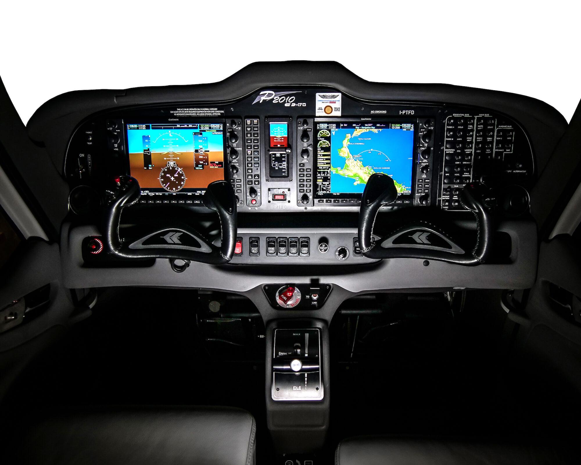 P2010TDI_interiors_ Flyeurope 2